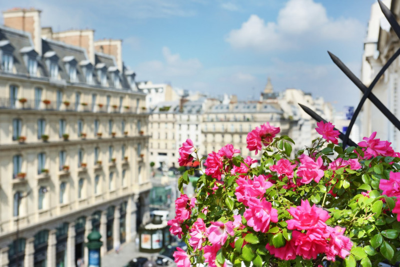Vente de prestige appartement Paris 8ème 1365000€ - Photo 2