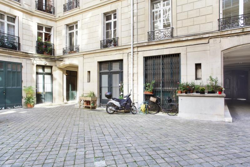 Verhuren  appartement Paris 6ème 5965€ CC - Foto 19