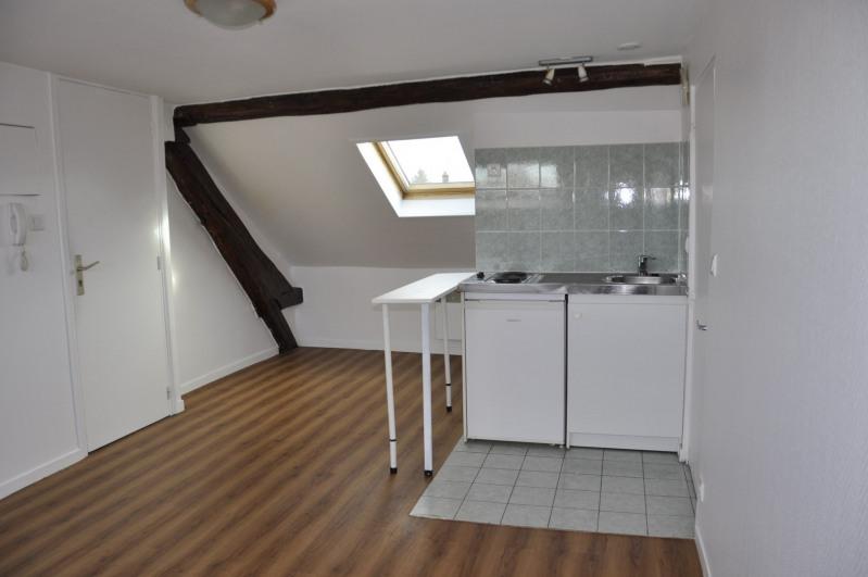 Rental apartment Voisins-le-bretonneux 705€ CC - Picture 5
