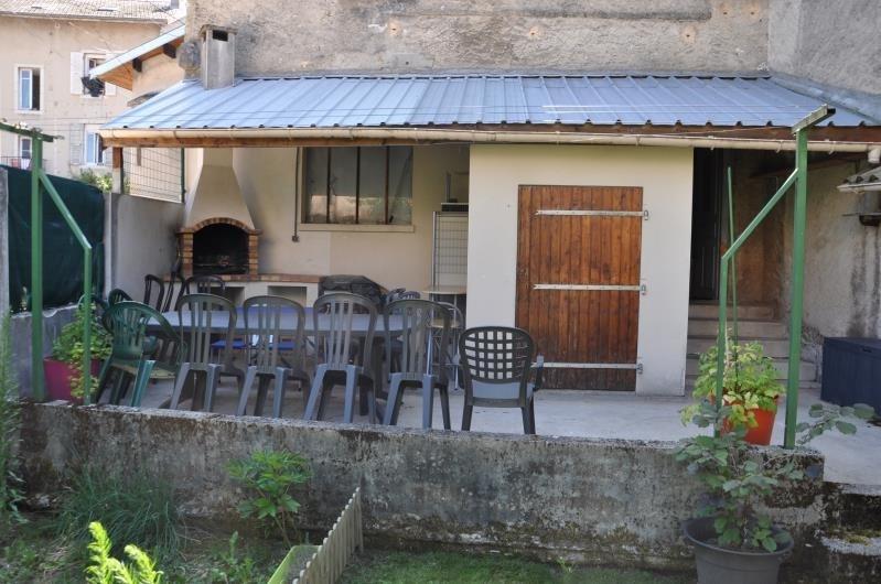 Vente maison / villa Oyonnax 142000€ - Photo 2