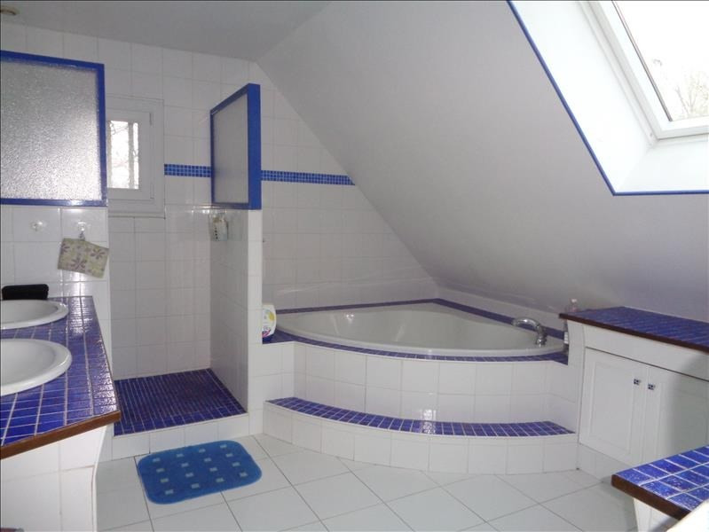 Sale house / villa Le val st germain 375000€ - Picture 8