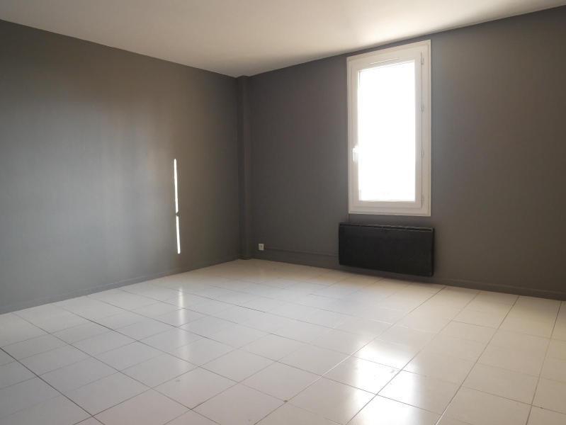 Location appartement Aix en provence 765€ CC - Photo 3