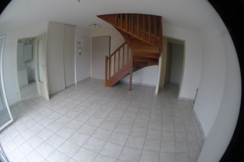 Location appartement Vernaison 660€ CC - Photo 1