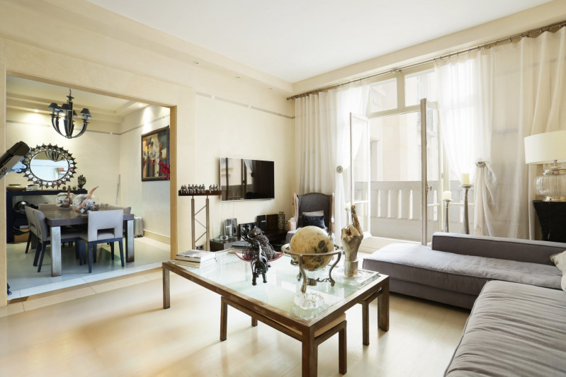 Deluxe sale apartment Neuilly-sur-seine 1910000€ - Picture 5