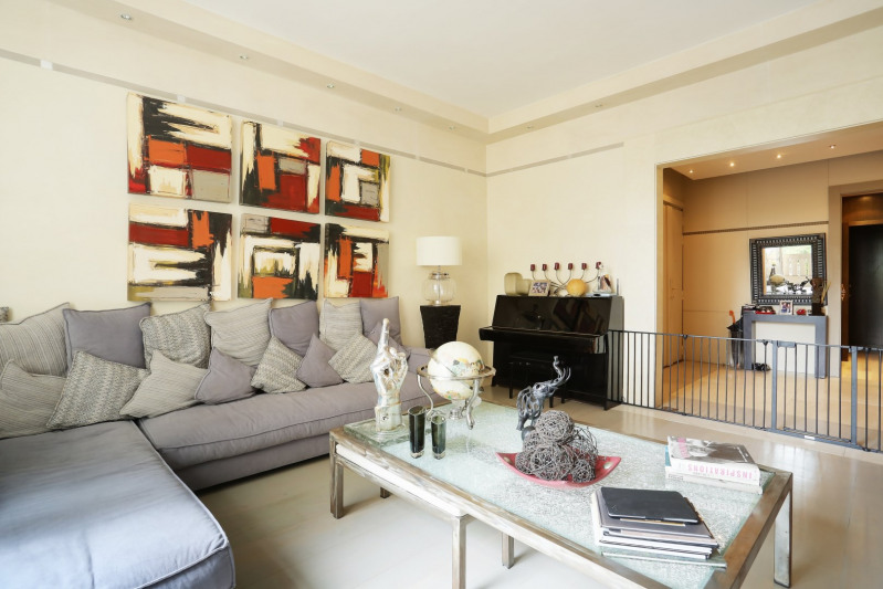 Deluxe sale apartment Neuilly-sur-seine 1910000€ - Picture 4