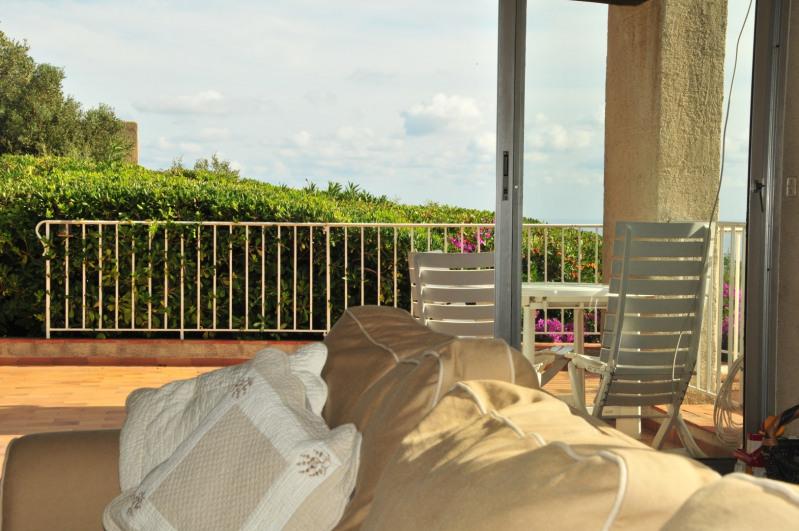Location vacances maison / villa Cavalaire sur mer 2000€ - Photo 9