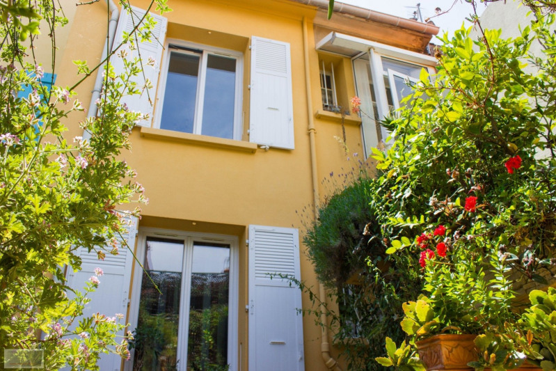 Investment property house / villa La seyne sur mer 305 000€ - Picture 1