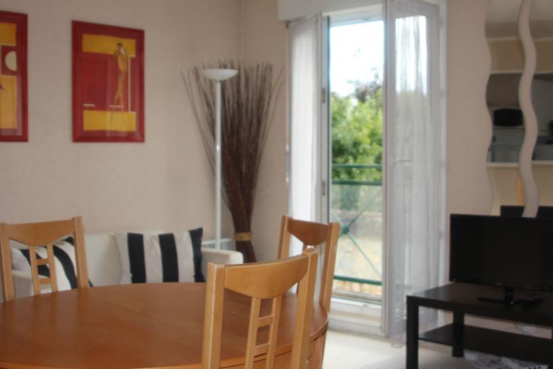 Rental apartment Fontainebleau 987€ CC - Picture 1