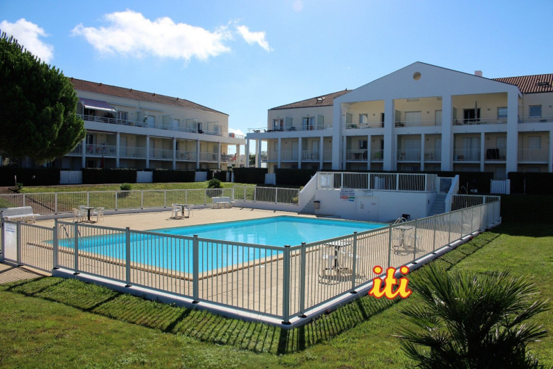 Sale apartment Chateau d olonne 79 000€ - Picture 1