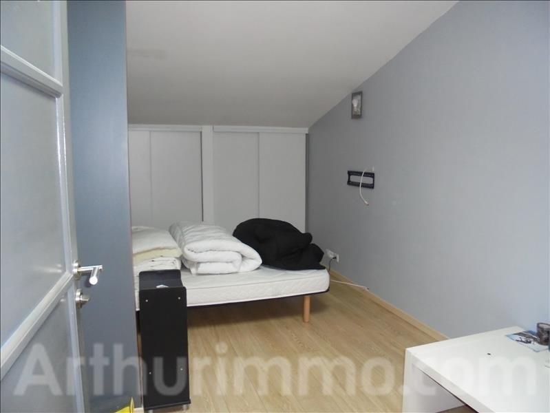 Location maison / villa Adissan 860€ CC - Photo 5