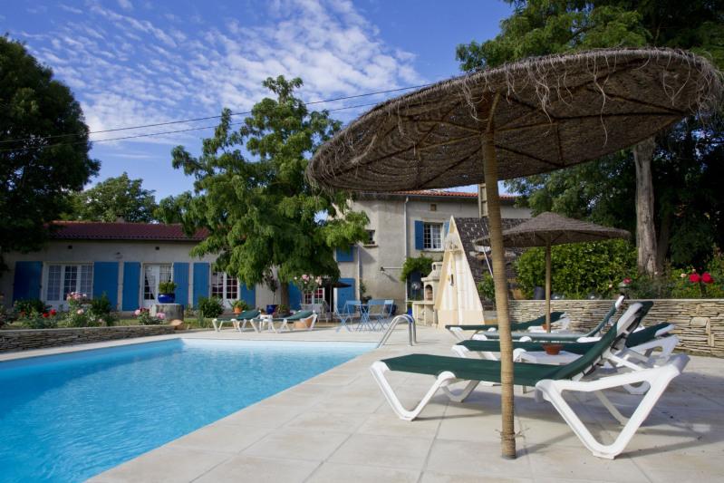 Vente maison / villa Saïx 580000€ - Photo 2