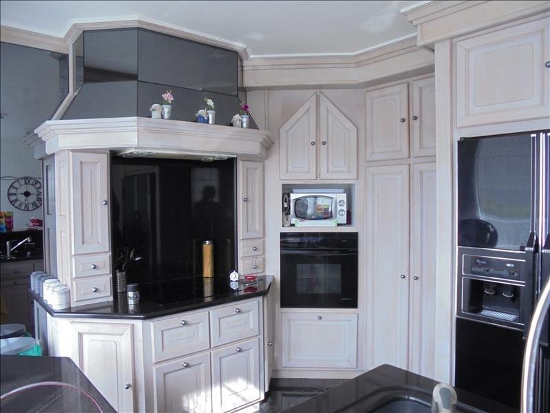 Sale apartment Marnaz 255000€ - Picture 2