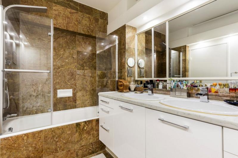 Vente de prestige appartement Paris 18ème 1732000€ - Photo 5