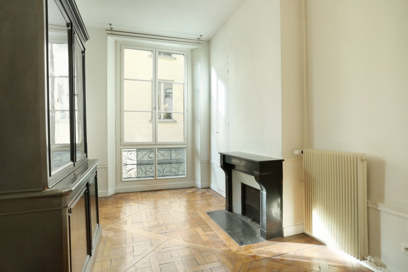 Deluxe sale apartment Paris 6ème 2 300 000€ - Picture 2
