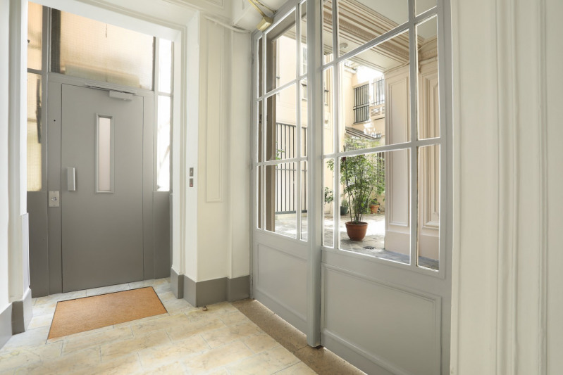Vente de prestige appartement Paris 1er 1 350 000€ - Photo 7