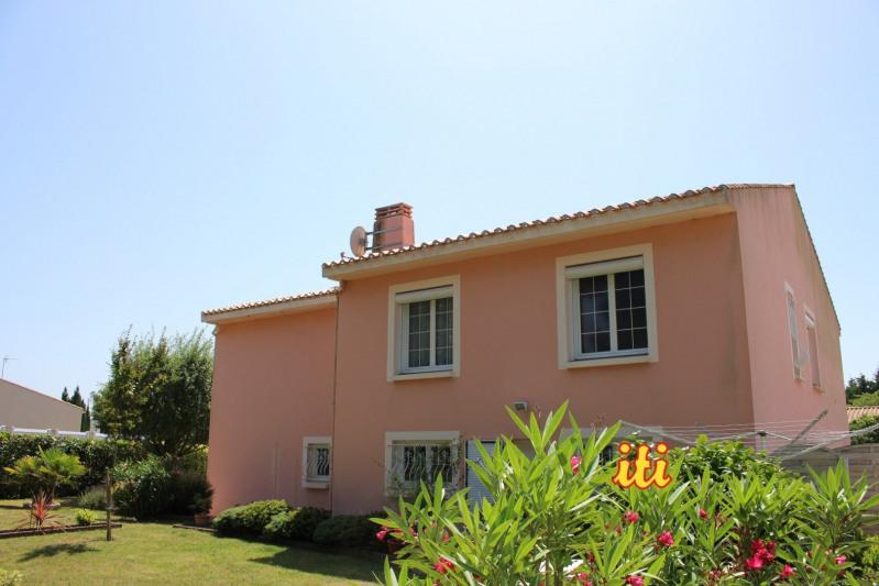 Sale house / villa Chateau d olonne 325500€ - Picture 1