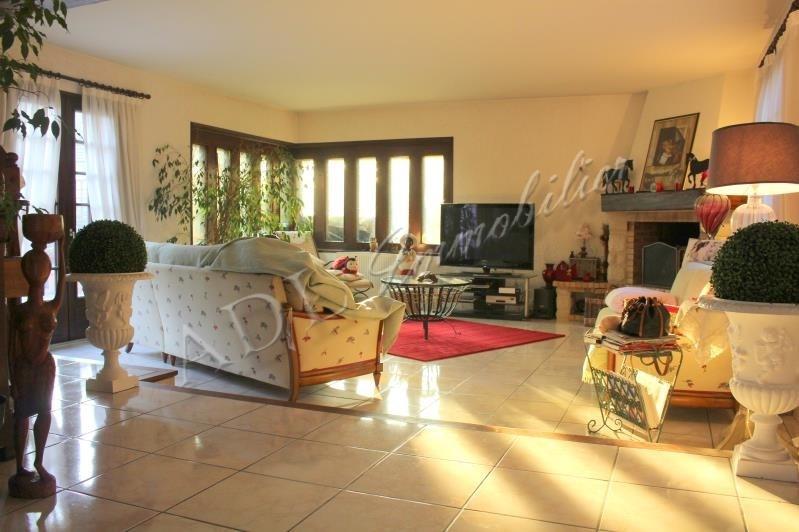 Sale house / villa Lamorlaye 545000€ - Picture 1
