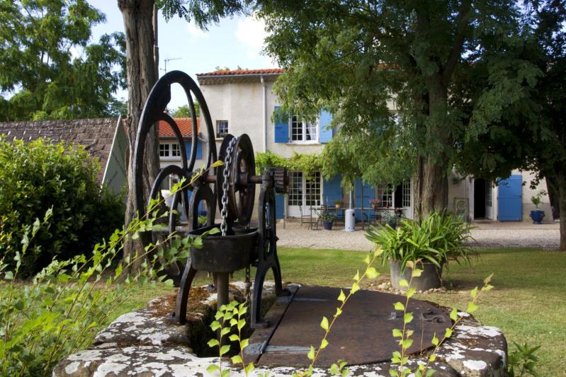Vente maison / villa Saïx 580000€ - Photo 4