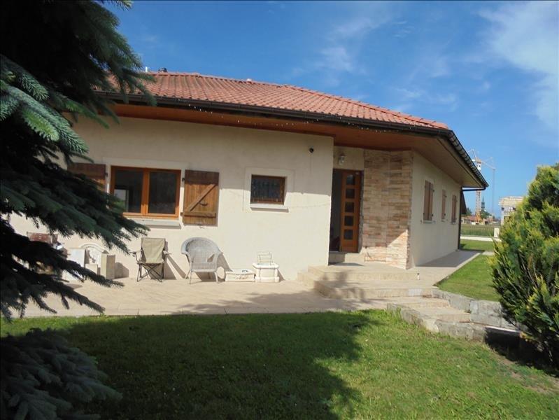 Sale house / villa Scionzier 399000€ - Picture 1