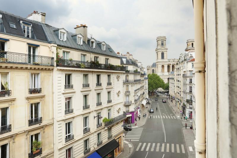 Vente de prestige appartement Paris 6ème 1790000€ - Photo 10
