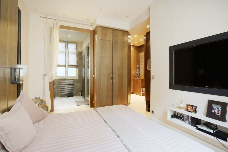 Deluxe sale apartment Neuilly-sur-seine 1910000€ - Picture 7