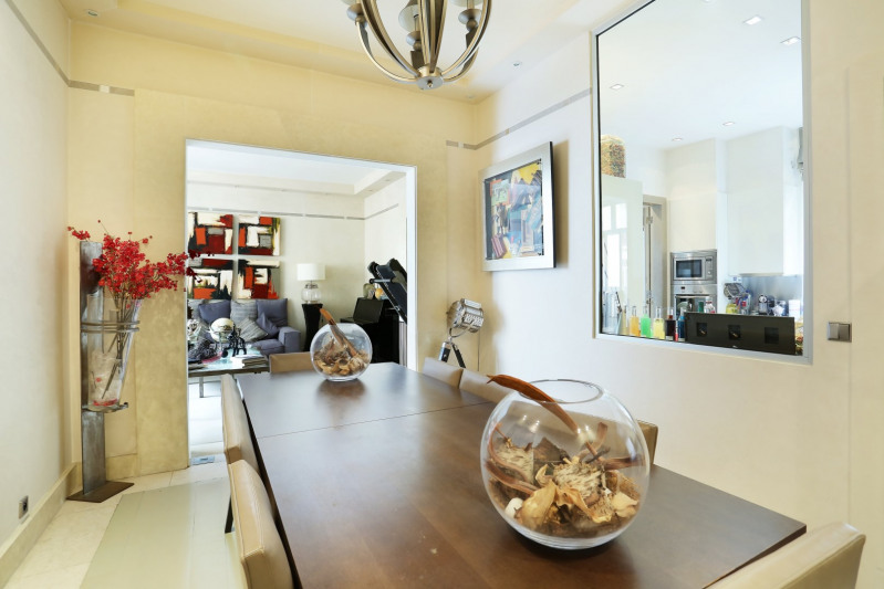 Deluxe sale apartment Neuilly-sur-seine 1910000€ - Picture 2