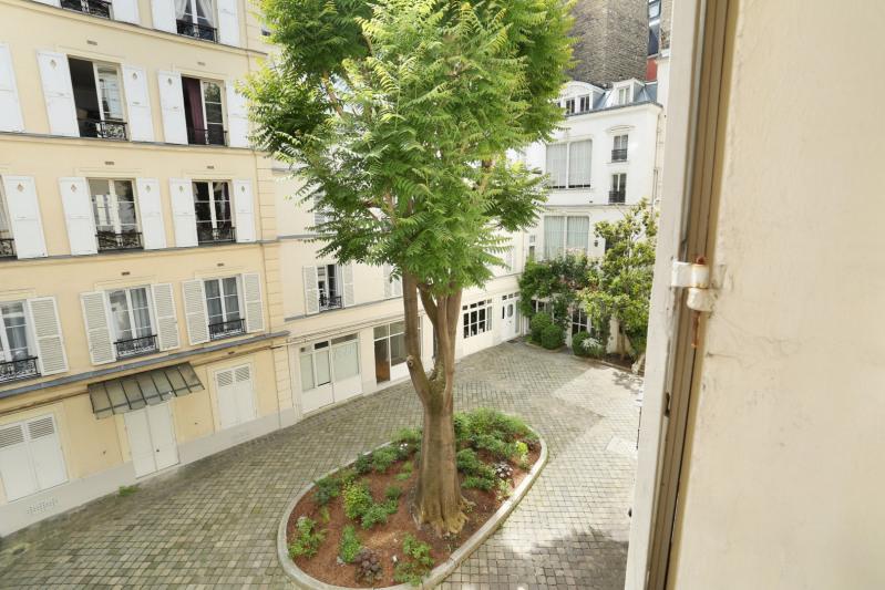Deluxe sale apartment Paris 8ème 1850000€ - Picture 2