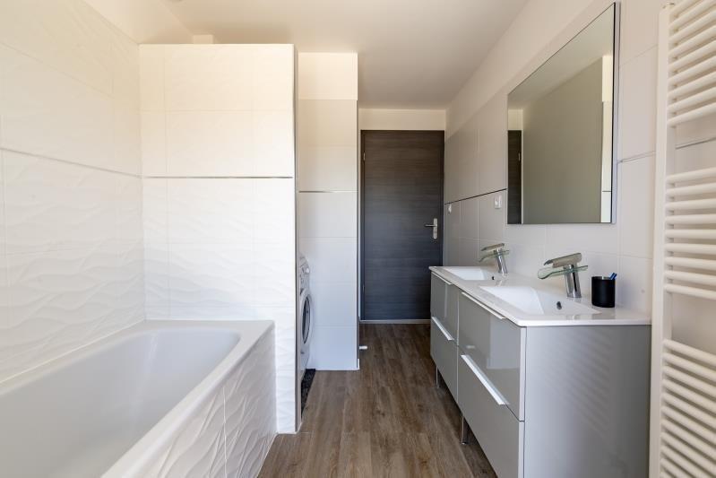 Sale apartment Pirey 219500€ - Picture 3