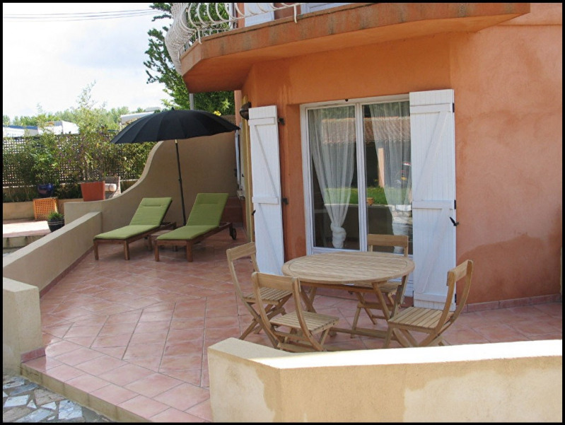 Rental apartment Aix en provence 840€ CC - Picture 2
