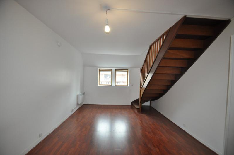 Location appartement Asnières-sur-seine 1015€ CC - Photo 2