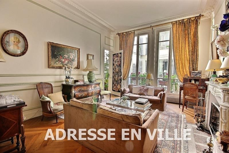 Deluxe sale apartment Paris 9ème 1 100 000€ - Picture 2
