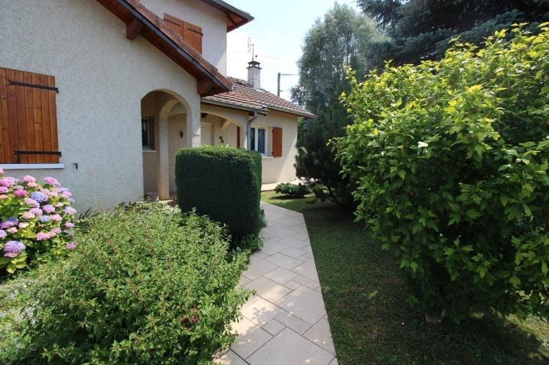 Sale house / villa Etaux 450000€ - Picture 1