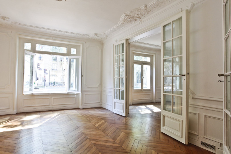 Vente de prestige appartement Paris 7ème 1 450 000€ - Photo 2
