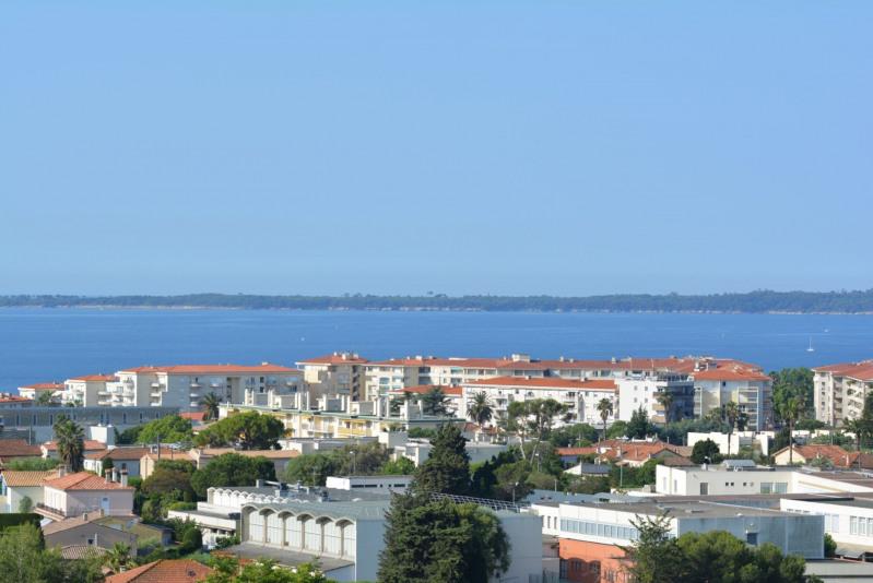 Vendita appartamento Antibes 243000€ - Fotografia 1