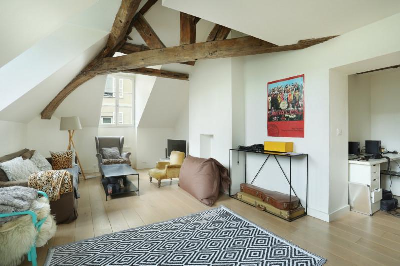Deluxe sale apartment Paris 6ème 1070000€ - Picture 1