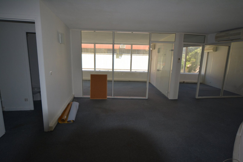 Rental empty room/storage Antibes 1 470€ CC - Picture 1