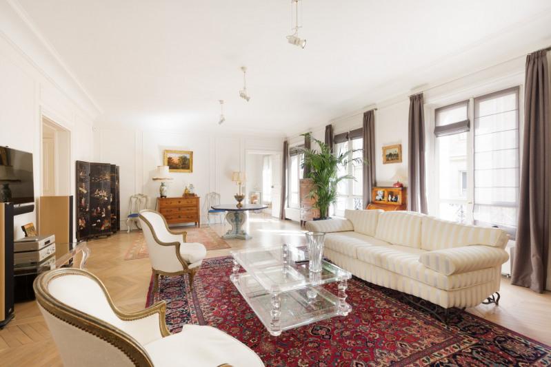 Deluxe sale apartment Paris 16ème 3150000€ - Picture 1