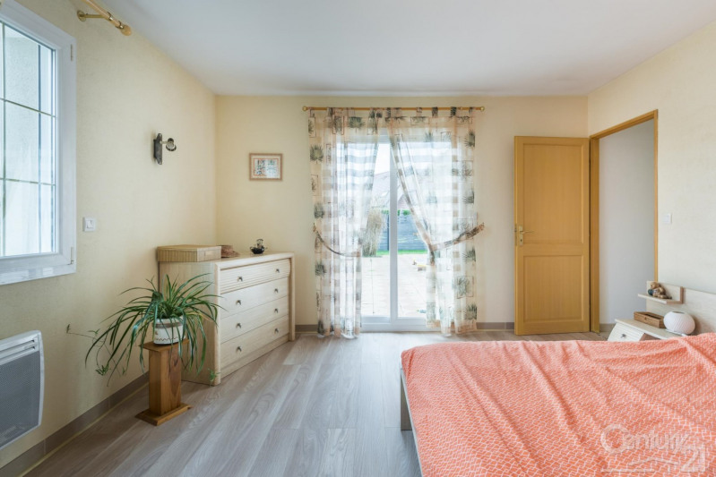 Verkoop  huis Feuguerolles bully 340000€ - Foto 9