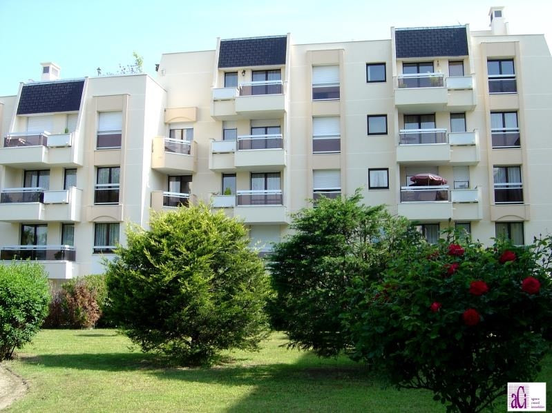 Sale apartment L hay les roses 348 000€ - Picture 1