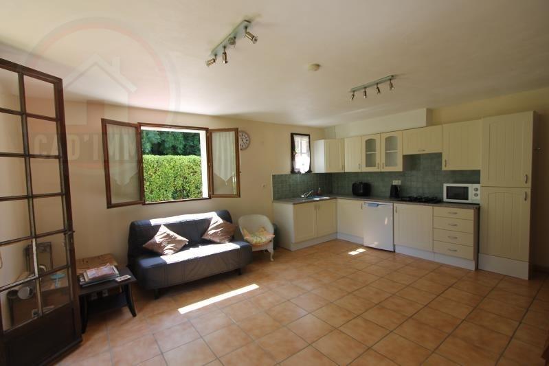 Sale house / villa St sauveur 244500€ - Picture 2