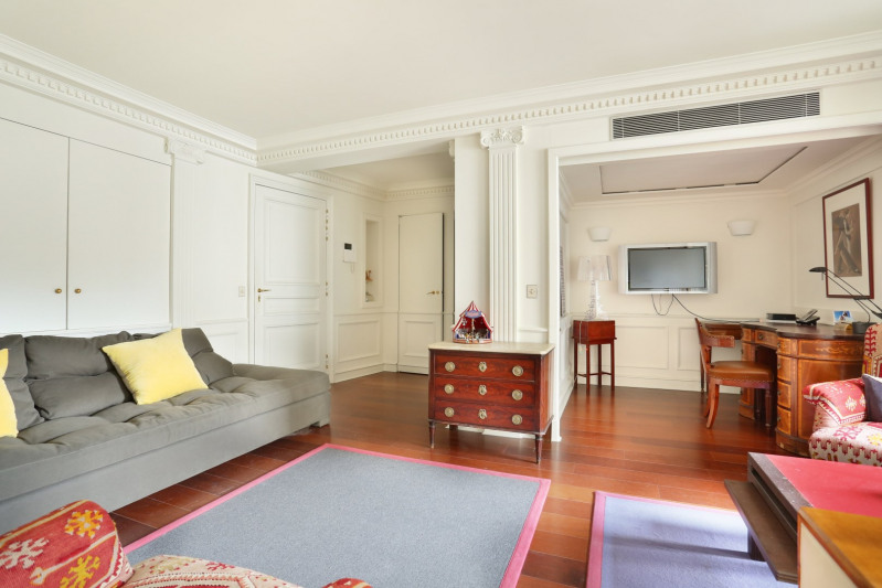 Deluxe sale apartment Paris 6ème 895 000€ - Picture 9