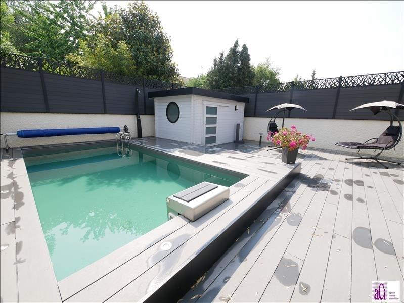 Sale house / villa L hay les roses 730000€ - Picture 1