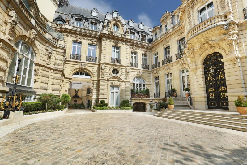Vente de prestige appartement Paris 8ème 970000€ - Photo 1