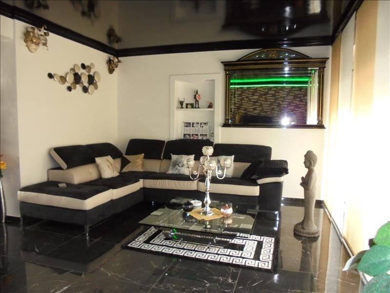 Sale apartment Marnaz 255000€ - Picture 5