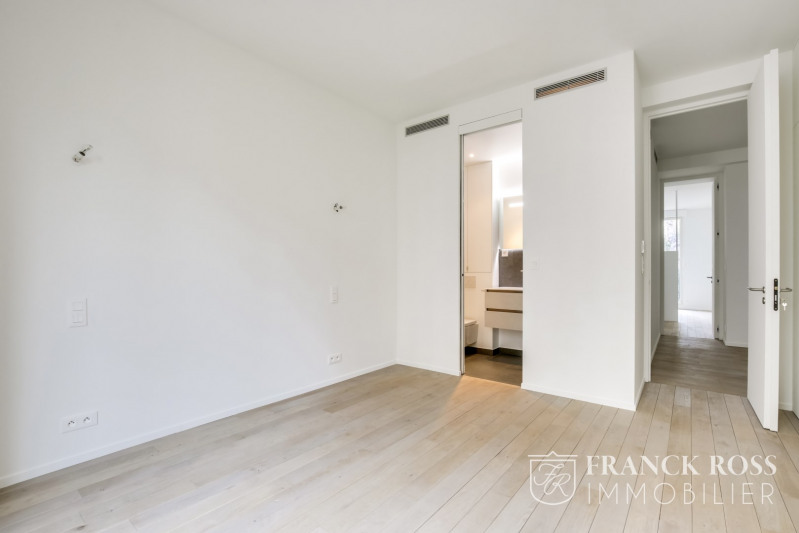 Location appartement Paris 8ème 7 350€ CC - Photo 4