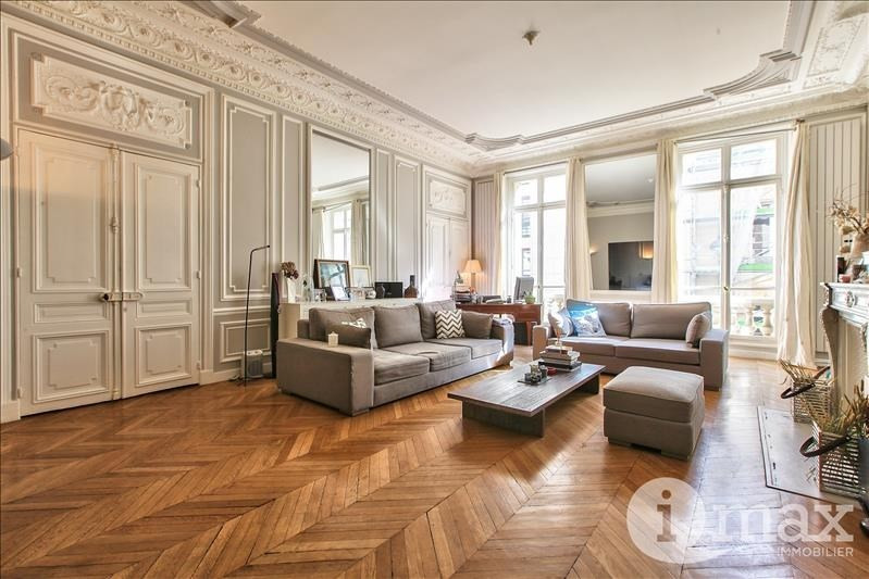 Vente de prestige appartement Paris 8ème 2 080 000€ - Photo 2