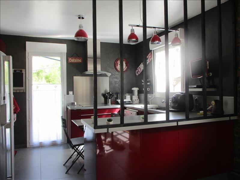 Sale house / villa Thoirette 220000€ - Picture 2
