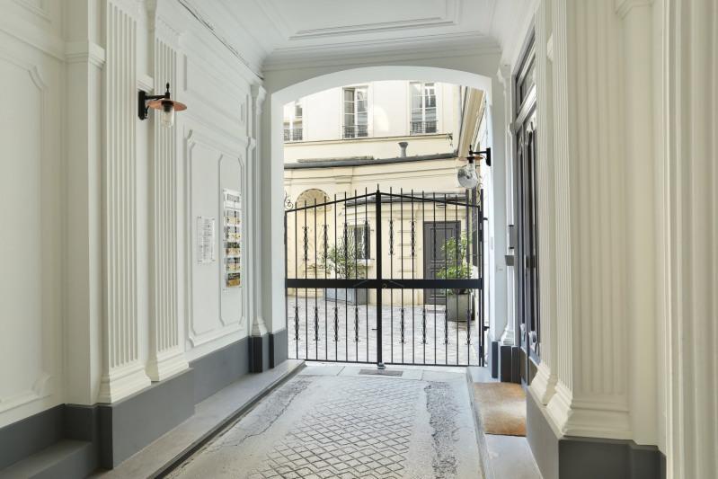 Verhuren  appartement Paris 2ème 7500€ CC - Foto 17