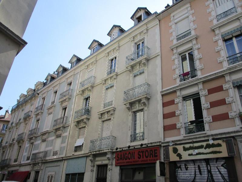 Location appartement Grenoble 583€ CC - Photo 8