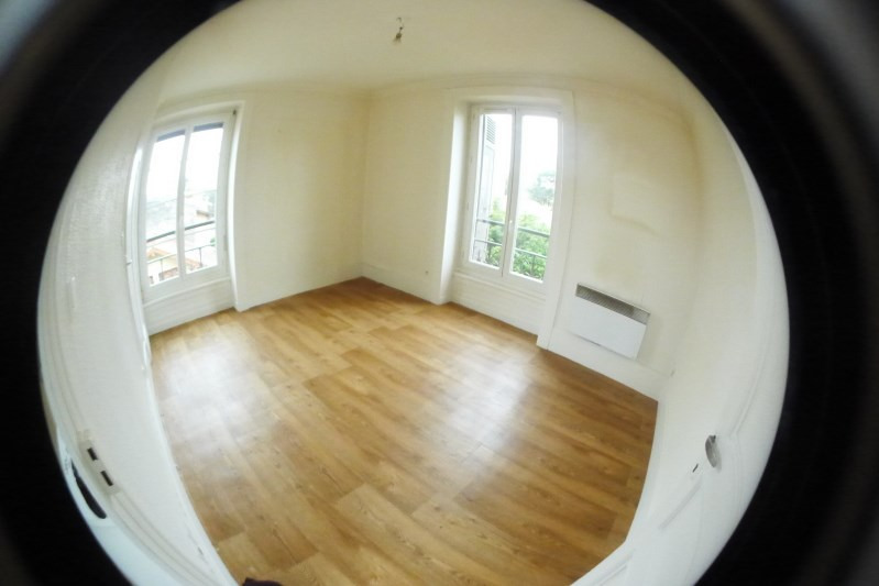 Location appartement Oullins 485€ CC - Photo 3
